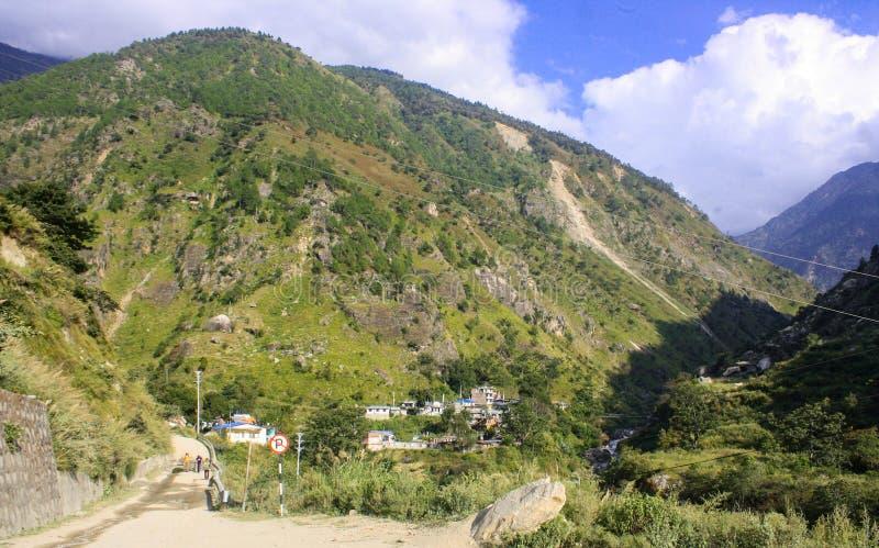 Syabrubesi: Ponto de entrada do parque nacional de Langtang fotografia de stock