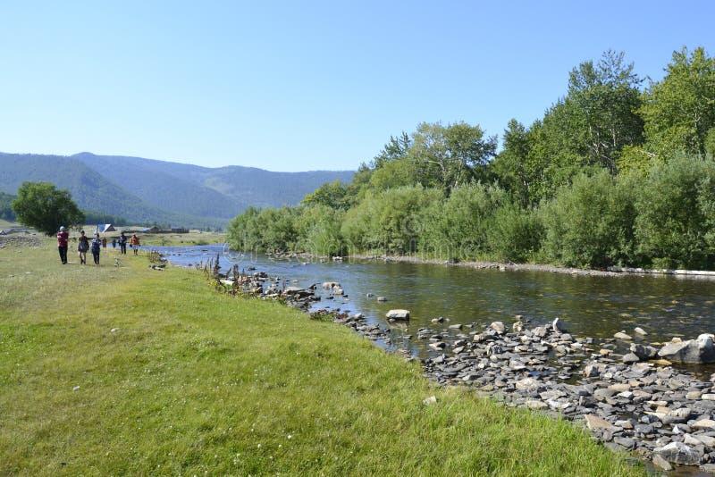 Syberyjska rzeka blisko Baikal jeziora na lecie zdjęcia royalty free