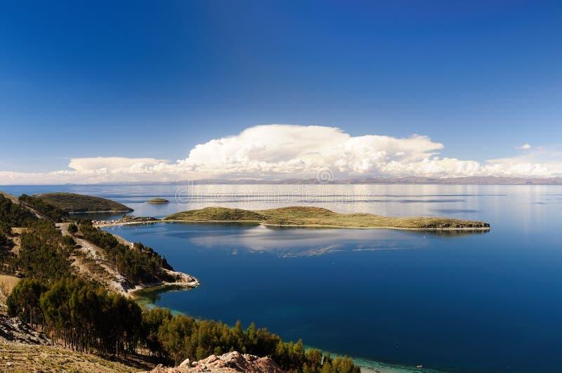 Sydamerika Titicaca sjö, Bolivia, Isla del Sol landskap royaltyfria bilder