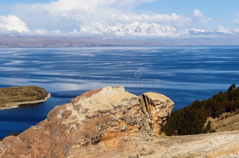 Sydamerika Titicaca sjö landskap royaltyfri fotografi