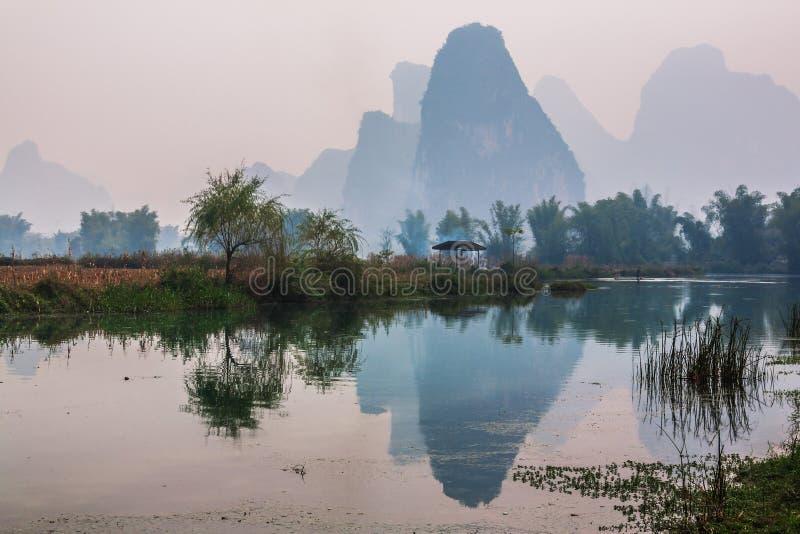 Sydliga Kina i vår arkivfoto
