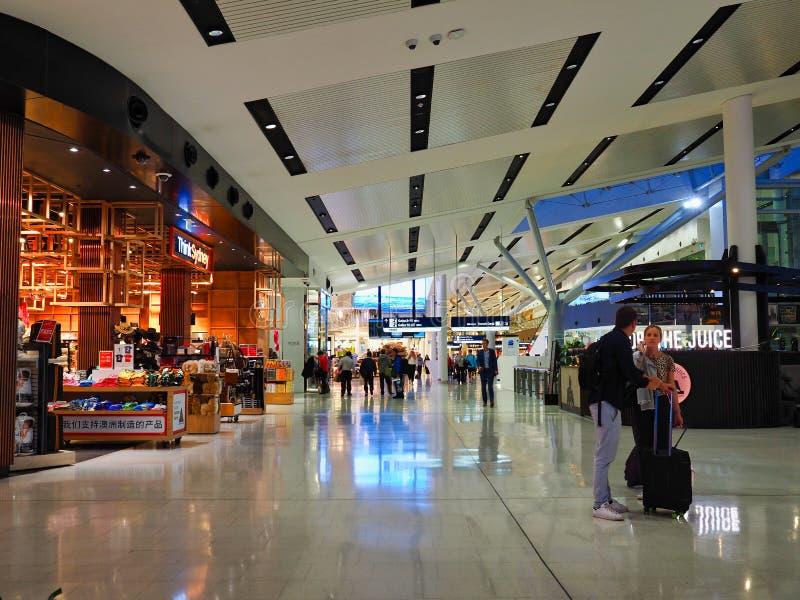 Sydney Airport International Departures Terminal-Einkaufen, Australien lizenzfreie stockbilder