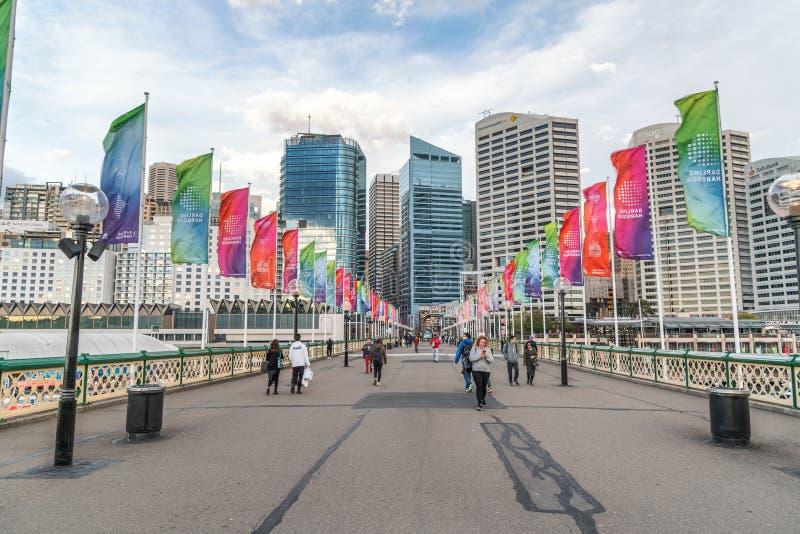 SYDNEY, AUSTRALIA - 19 DE AGOSTO DE 2018: Rascacielos de la ciudad en querido imagen de archivo libre de regalías