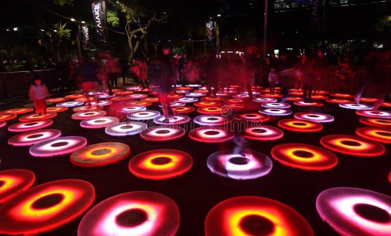 SYDNEY, AUSTRALIEN - 2. JUNI 2014; Klarer Sydney Interactive Step lizenzfreies stockbild