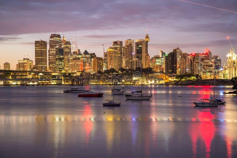 Sydney CBD bij dageraad royalty-vrije stock afbeelding