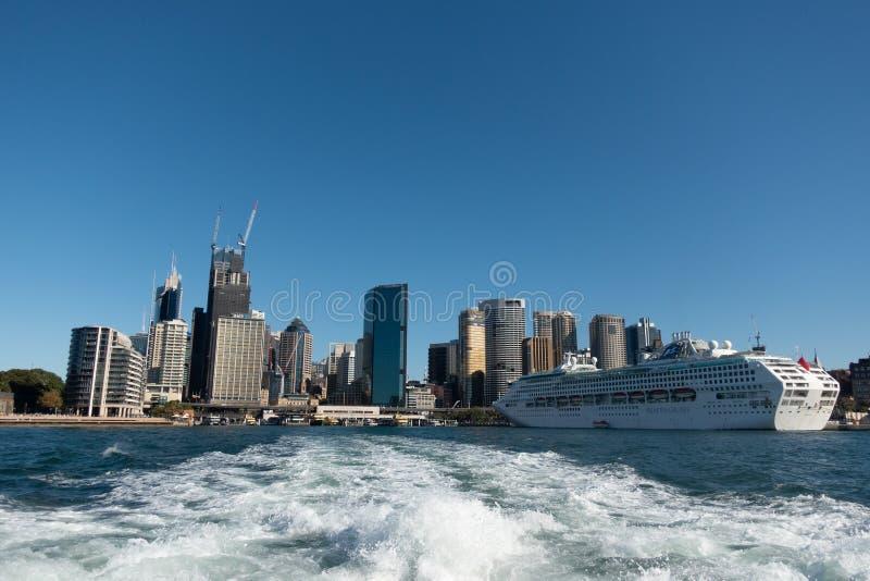 Sydney CBD dal traghetto immagine stock libera da diritti