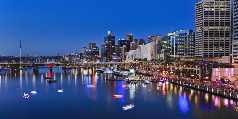 Sydney Darling Harbour Panorama från ovannämnt på solnedgången royaltyfria foton