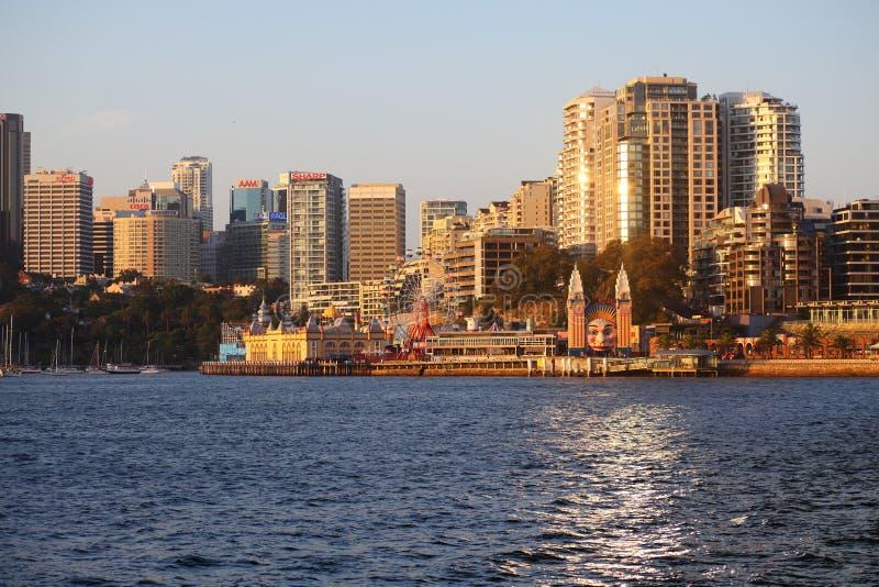 Sydney del nord con Luna Park al tramonto fotografie stock