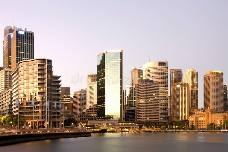 Sydney an der Dämmerung lizenzfreies stockbild