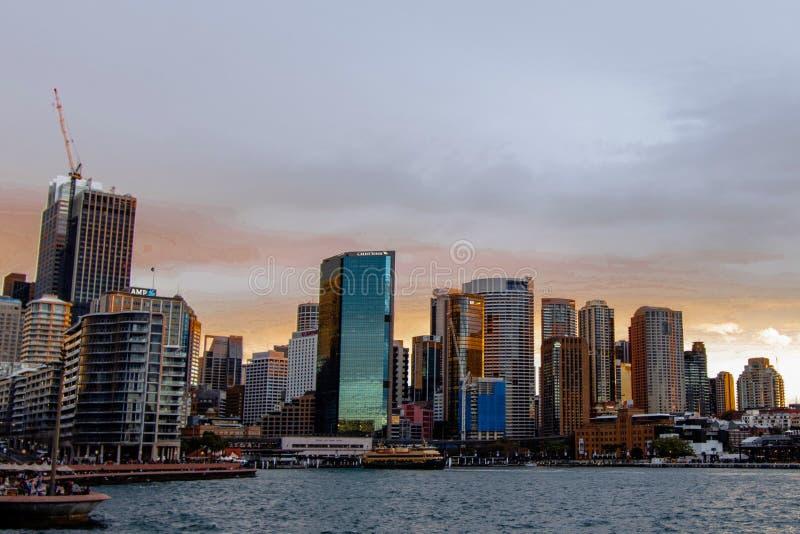 Sydney Habour - Kreiskai vom Wasser stockbilder