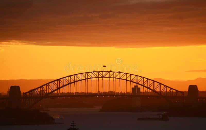 Sydney-Hafen-Brücke am Sonnenuntergang stockbilder