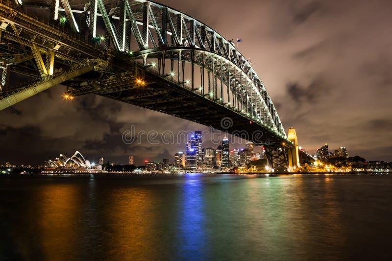Sydney hamn på natten royaltyfri fotografi