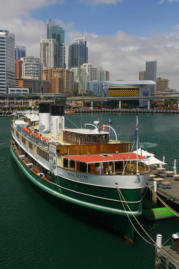 Download Sydney Harbour editorial stock photo. Image of boat, sydney - 12054833