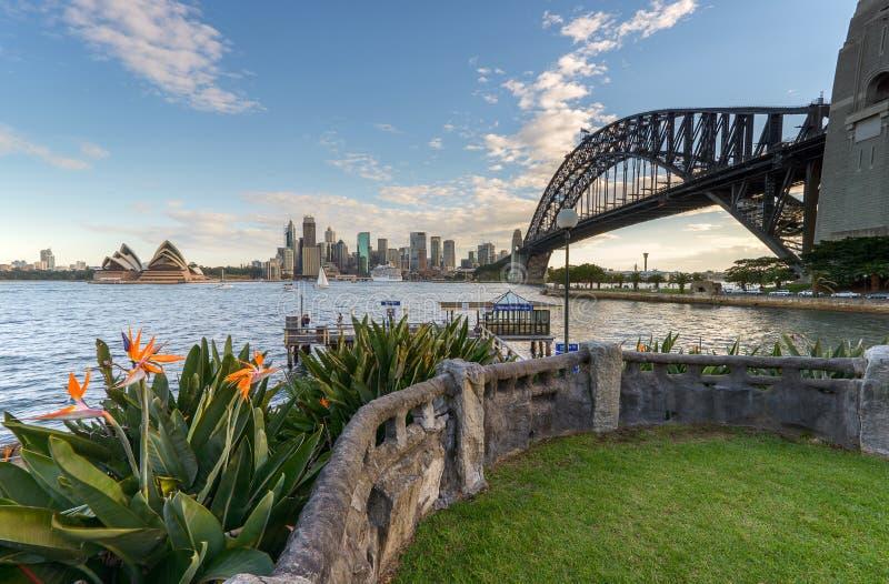 Sydney Harbour e a ponte fotos de stock