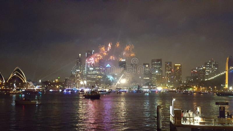 Sydney Harbour, Feuerwerke leuchten den Himmeln von Sydney an Australien-Tag 2019, Sydney, NSW, Australien lizenzfreies stockbild