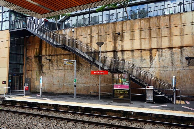 Sydney Light Rail Train Station, mercados de peixes fotografia de stock royalty free