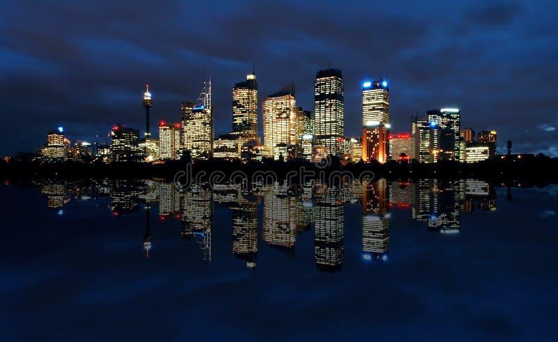 Sydney nachts stockfotos