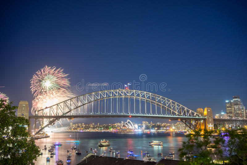 Sydney New Year Eve Fireworks toont royalty-vrije stock foto