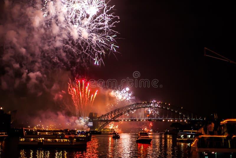 Sydney NYE 2015 fogos-de-artifício fotografia de stock royalty free