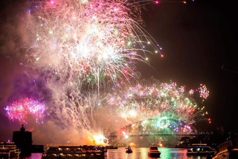Sydney NYE 2015 fogos-de-artifício imagens de stock royalty free