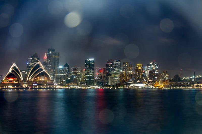 Sydney Opera House la nuit, photographie stock libre de droits