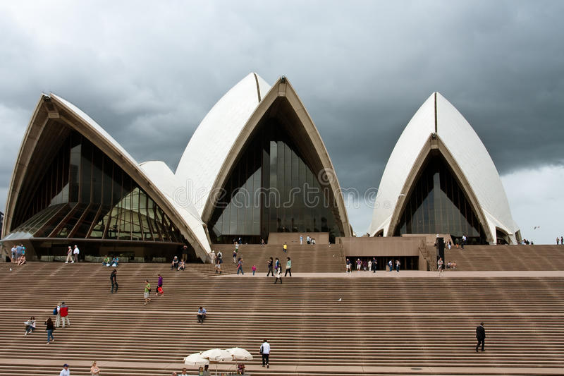 Download Sydney Opera House Under Cloudy Skies Editorial Image - Image: 19011995