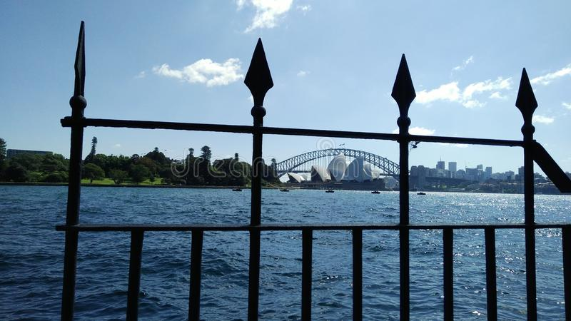 Sydney Opera House y Sydney Harbour Bridge imagenes de archivo
