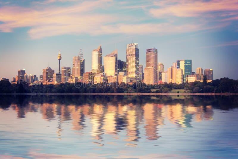 Sydney Skyline Sunrise Square Australia imagens de stock
