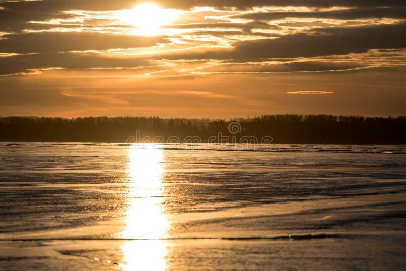Sylvan Lake Sunset Over The-Ijs royalty-vrije stock fotografie