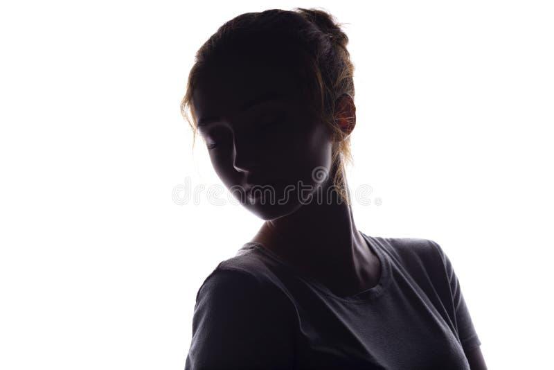 Sylwetka postać piękna dziewczyna, kobiety twarz na białym odosobnionym tle, romantyczny żeński portret z otwartą szyją, fotografia royalty free