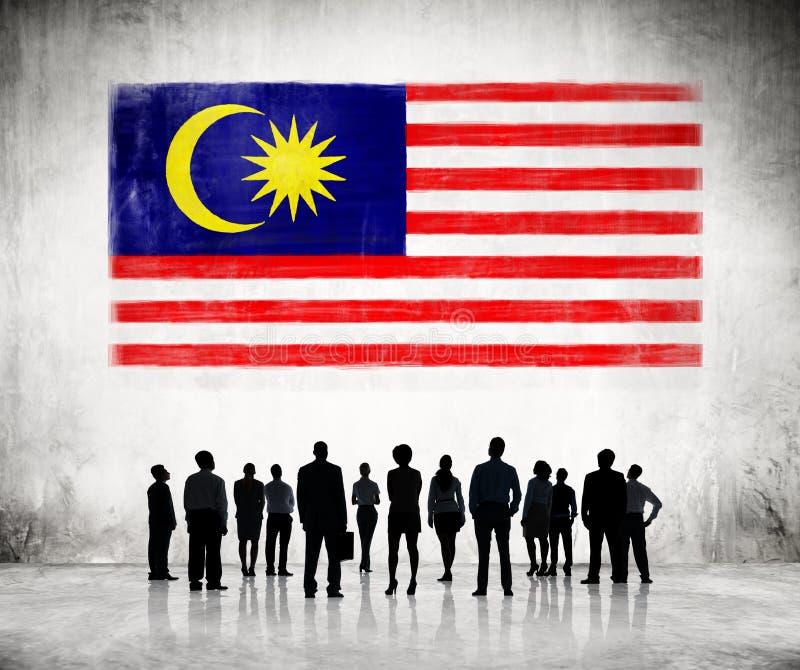 Sylwetki ludzie Patrzeje malezyjczyk flaga zdjęcia royalty free