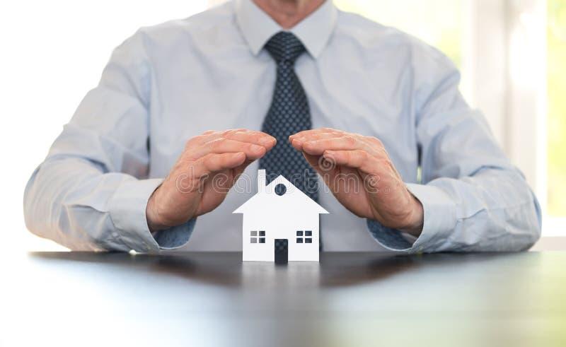 Symbol der Hausversicherung stockfotos