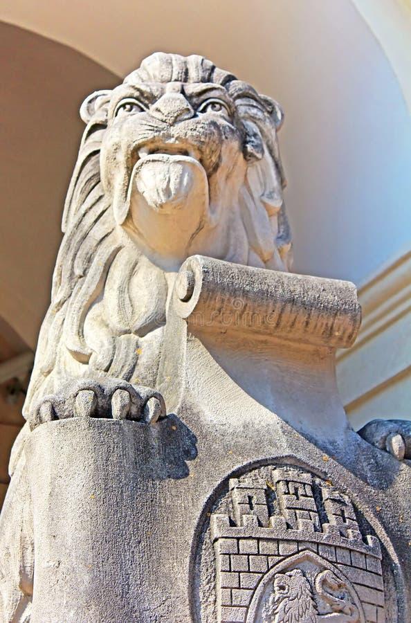 Symbol emblem av staden Lviv, Ukraina royaltyfri foto