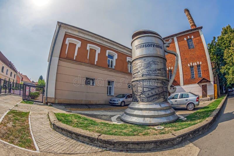Symbol stara piwna fabryka od Rumunia, Timisoreana zdjęcia stock