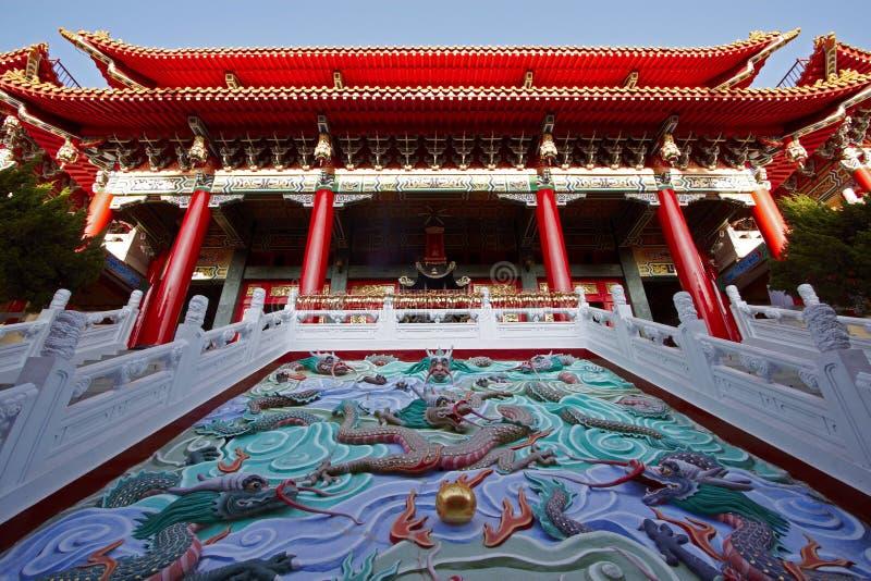 Symbole chinesischer Tempel und China-Drachen stockbild