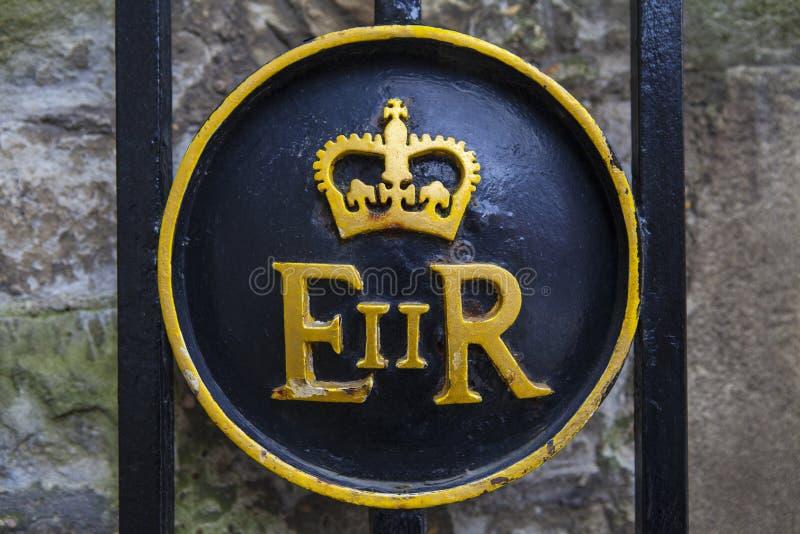 Symbole de la Reine Elizabeth II à la tour de Londres photographie stock