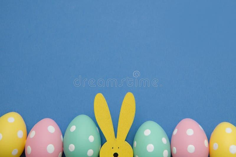 Symbole peint d'oeufs-un de Pâques photos libres de droits