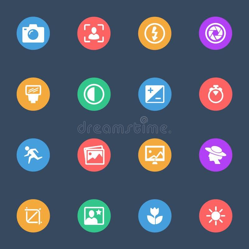 Symboler för lägenhet för kamerahjälpmedelvektor på färgsubstrateuppsättningen av 16 royaltyfri illustrationer