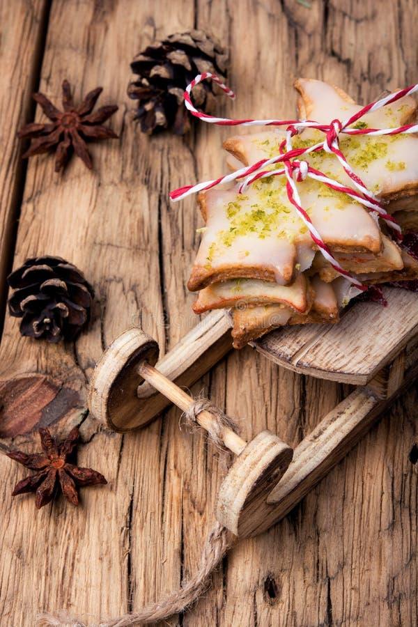 Symbolische Weihnachtsplätzchen stockfotos