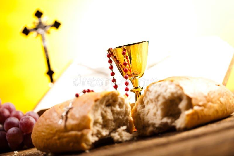 Symbolkristendomenreligion, ljus bakgrund, genomdränkt conce arkivfoto