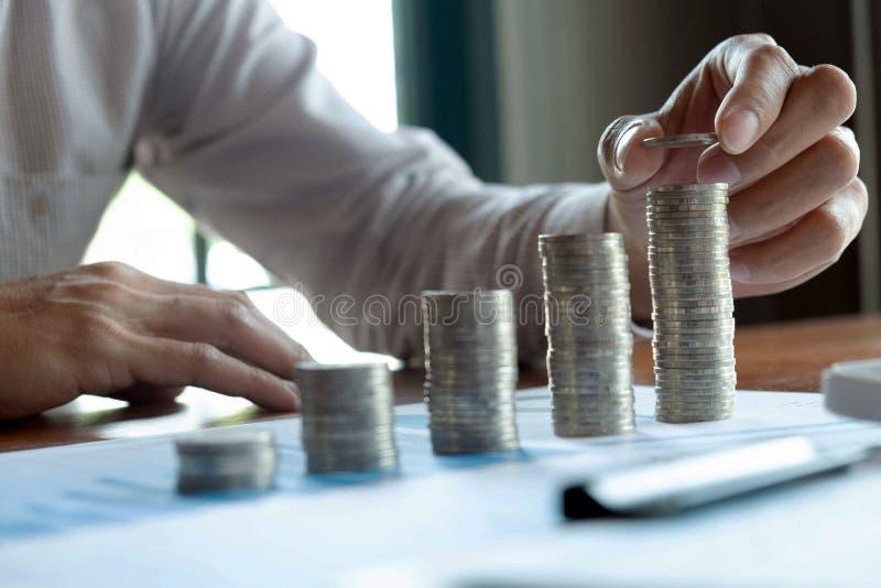 Symbolmyntaff?r, finans, finansiell tillv?xt, investering som konsulterar, finans, investering, aff?r, arbete, redovisning fotografering för bildbyråer