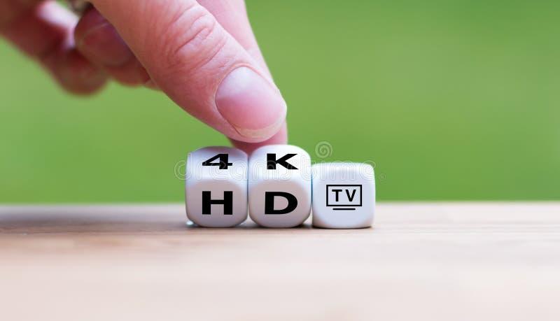 Symbool van de verandering van HD-TV in 4K-TV royalty-vrije stock foto