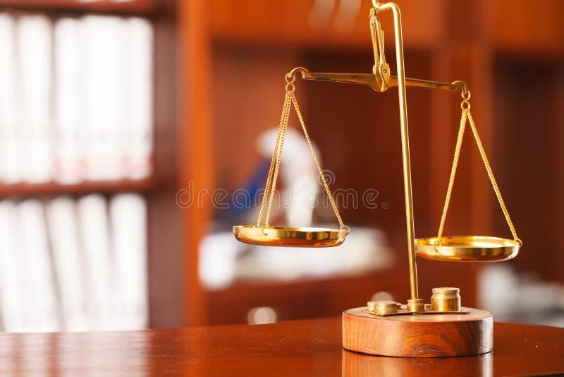 Symbool van wet en rechtvaardigheid stock foto's