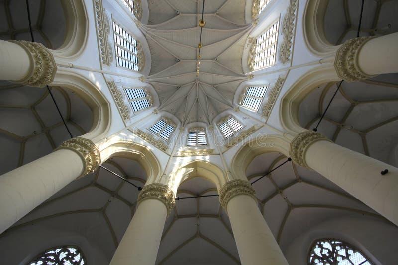 Symetryczny dach kościół w Leiden holandie Holandia obraz stock