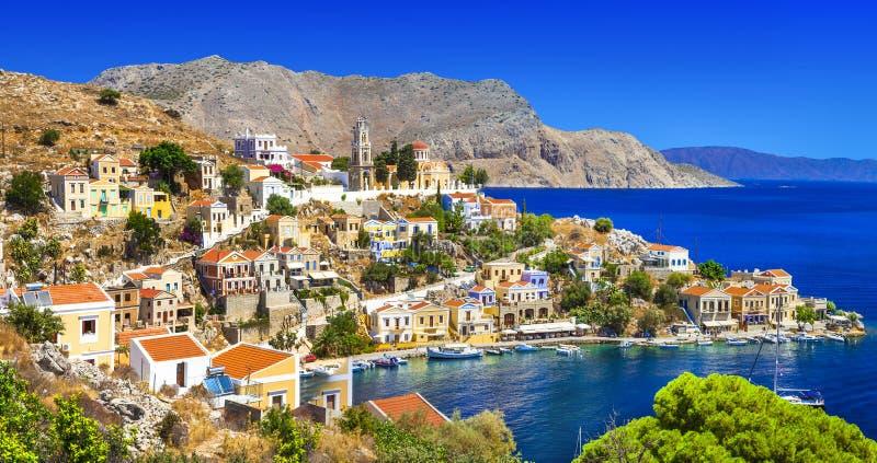 Symi - красивый греческий остров Dodecanese стоковое изображение