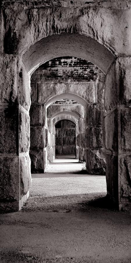 Symmetrisk dörrväg, fort Popham Maine arkivfoton