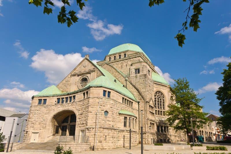 synagoga stary boczny widok zdjęcia royalty free