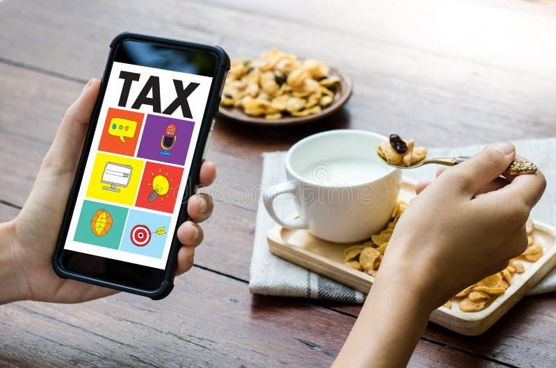 Synchronizuje dla podatku planowania pieniądze Pieniężnej księgowości opodatkowania Busi royalty ilustracja