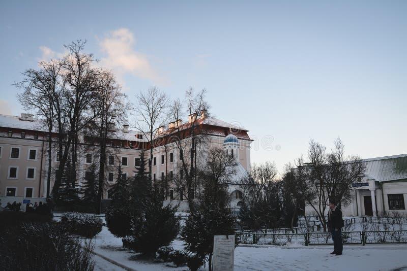 Synkovichi, БЕЛАРУСЬ - 26-ое февраля 2017 Ортодоксальность монастыря Zhyrovichy стоковые изображения rf