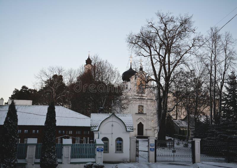 Synkovichi, БЕЛАРУСЬ - 26-ое февраля 2017 Ортодоксальность монастыря Zhyrovichy стоковая фотография rf